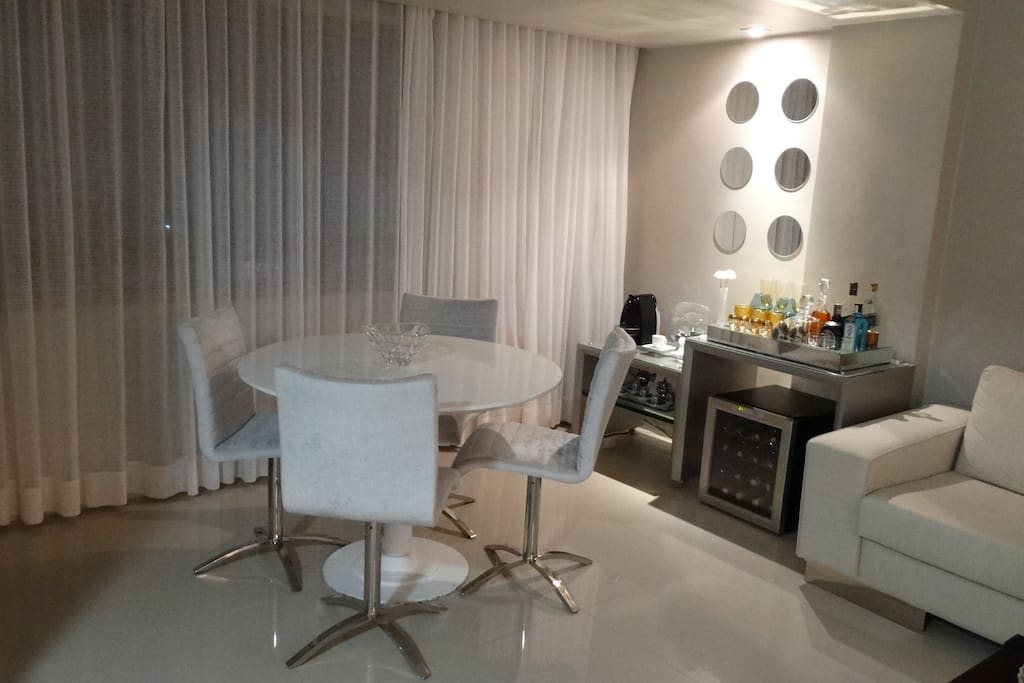 Living room/Bar with espresso & cappuccino maker and wine cooler