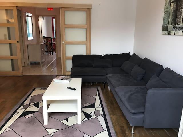 Chambre privée dans un Appartement T2 confortable