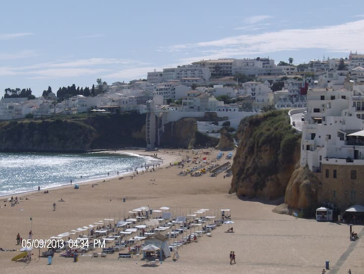 Private & Cozy in Albufeira Old Town