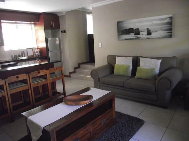 DCS  Accommodation Stellenberg