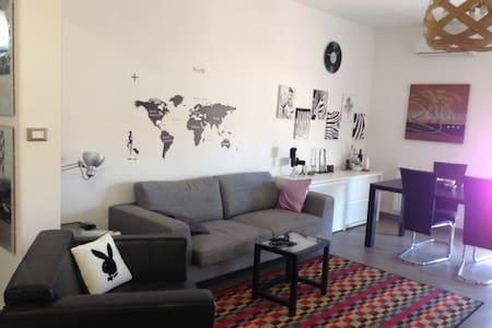 Appartamento pratico e confortevole - Augusta - Byt