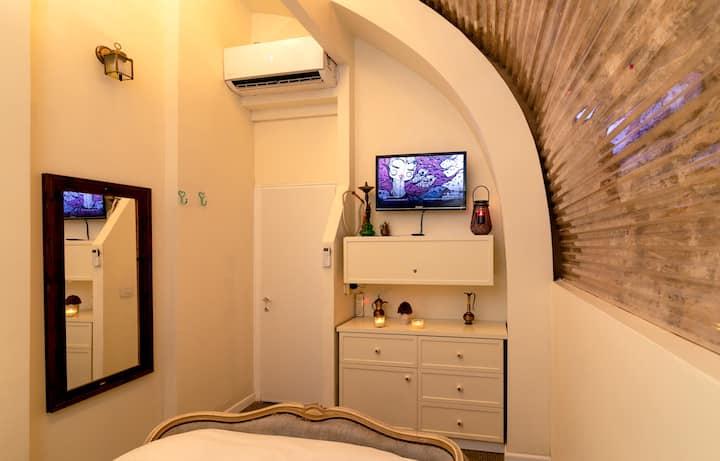 Antique Private Room - Polihosts Old Jaffa