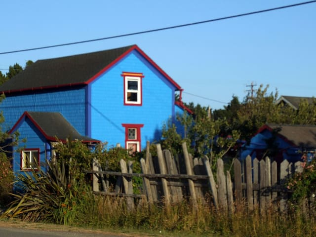 Port Orford Powder House Vacation Rental
