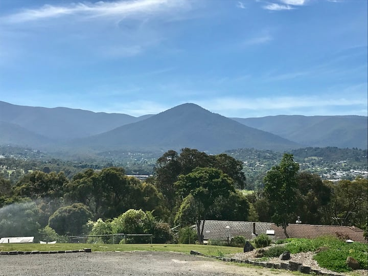 Healesville Retreat