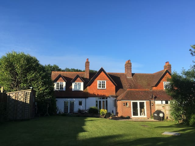 Fantastic family holiday house near Lyme Regis - Rousdon - Dům