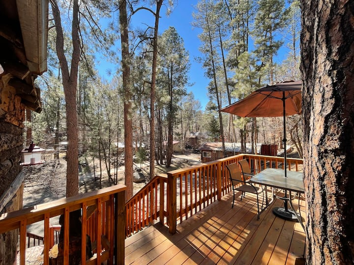 Ruidoso Bunkhouse in the pines
