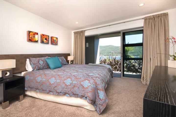Luxury Sounds Retreat - Waikawa - Apartment