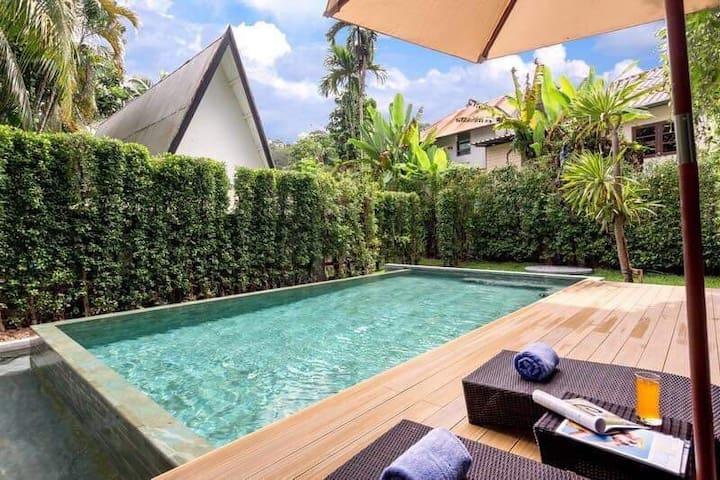 卡马拉全新双卧泳池别墅 靠近海滩&幻多奇&bigc超市