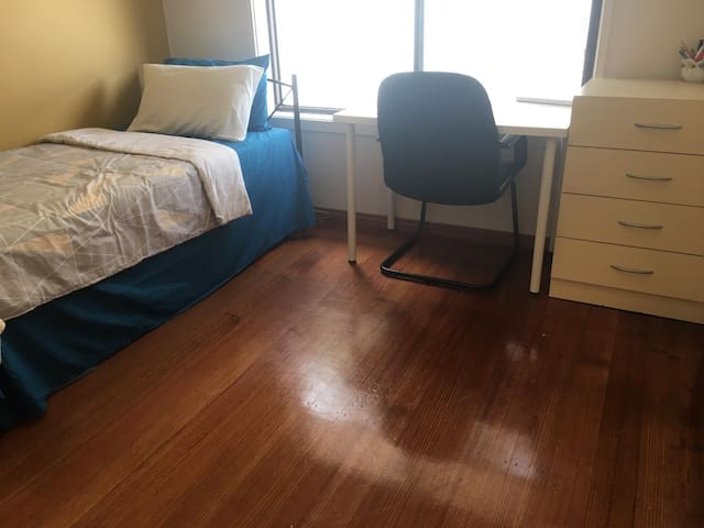 Elegant room near Werribee Plaza Mall