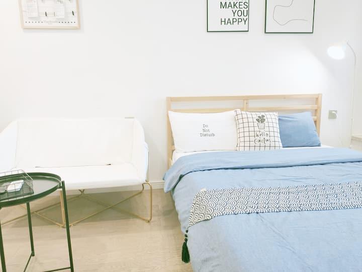 SACO Purity▕ 纯粹复式LOFT▕ 双床▕ 北欧ins风▕ 黑白灰设计▕ 拱北口岸&近港澳
