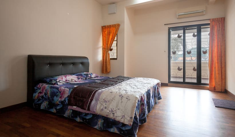 PG Luxurious, Comfortable & Clean 3 sty Vacation - Jelutong - Casa