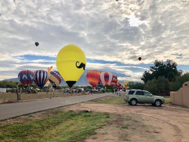 Balloon Fiesta Haven in Corrales - Albuquerque