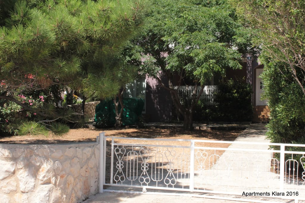 Entrance AKN