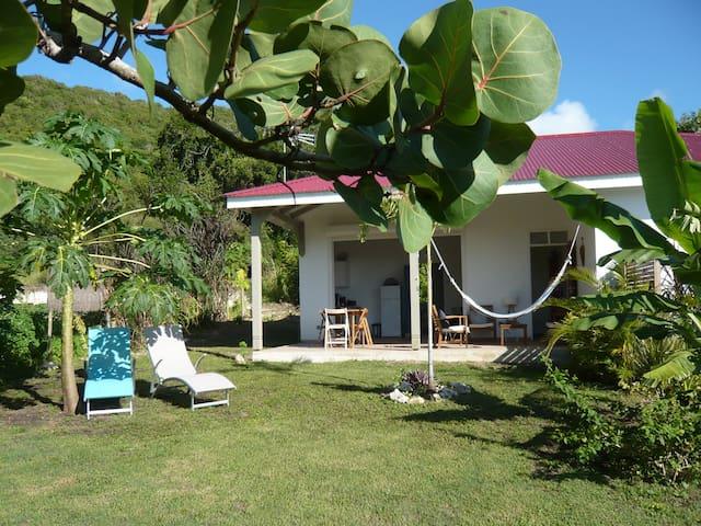 Villa INDIGO tout confort à 400m du lagon