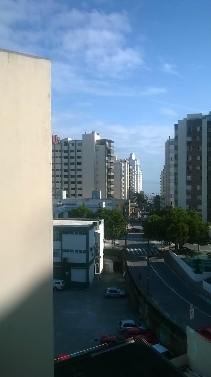 Quarto em Florianópolis/SC