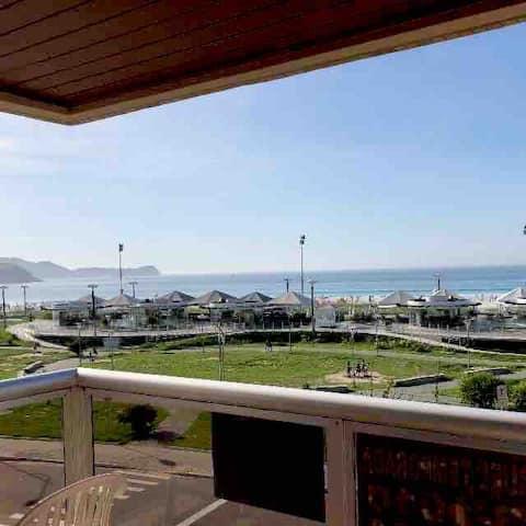 Em frente a Praia do Forte, linda vista!💦