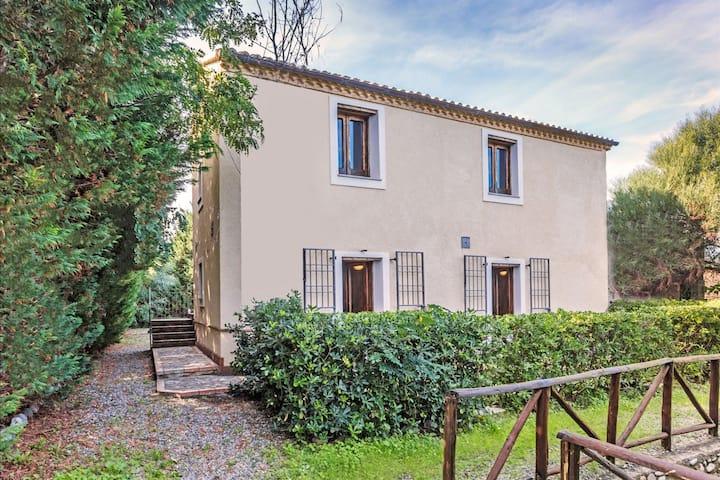 Casa vacanze di lusso in Calabria con giardino privato