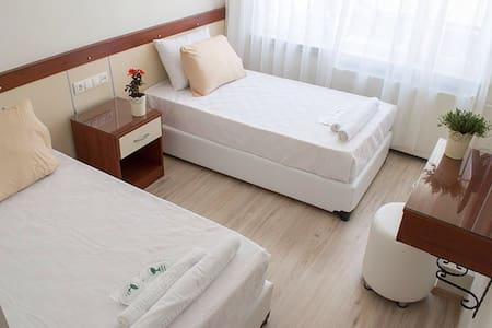 Twin Room @ Yildirim Hotel Denizli - Denizli - Inap sarapan