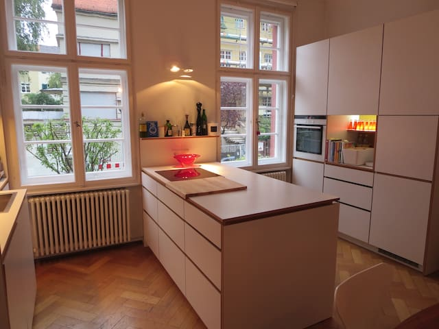 Two story Maisonette Appartment in 1912 Townhouse - München - Wohnung