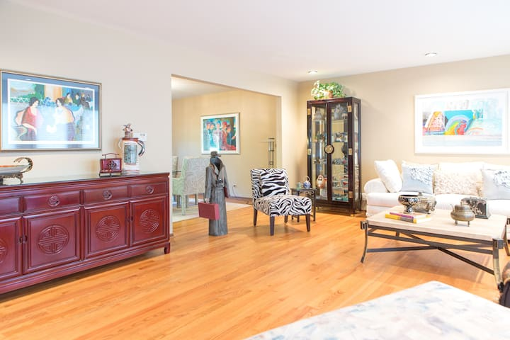 Large private room in Northshore - Highland Park - Huis