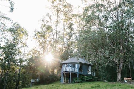 Romantic Getaway @ Bluegums Nest 1 Barrington Tops