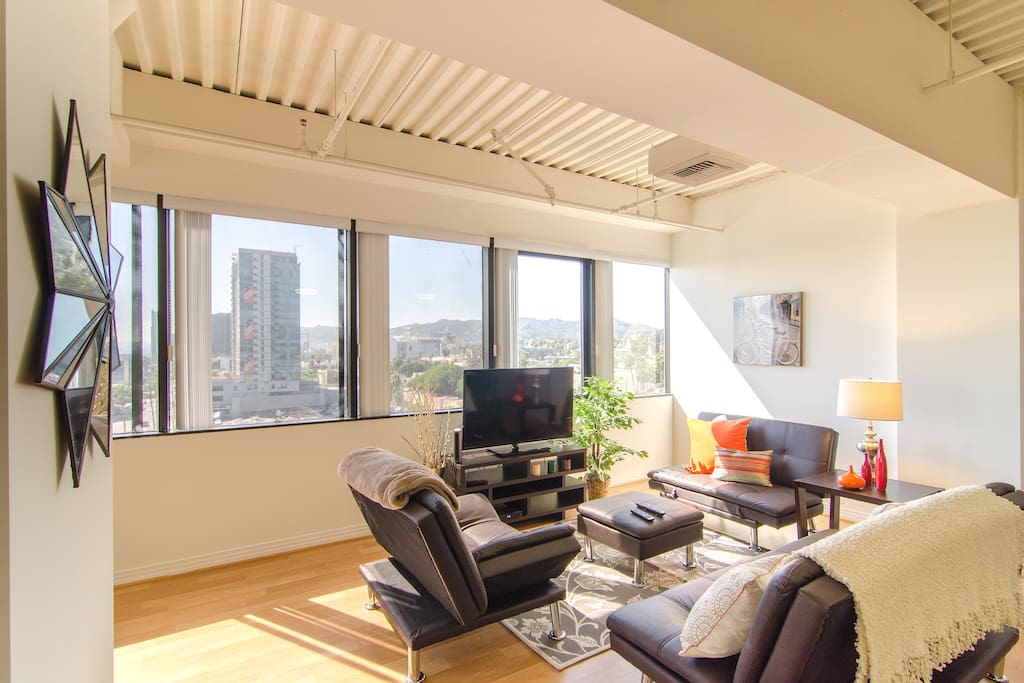 hollywood highrise w a views apartments for rent in los angeles california united states. Black Bedroom Furniture Sets. Home Design Ideas