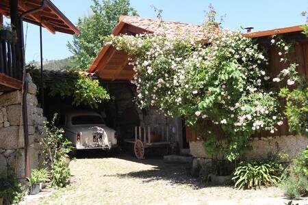 Casinha na Quinta da Bouça - Celorico de Basto / Braga - Huis