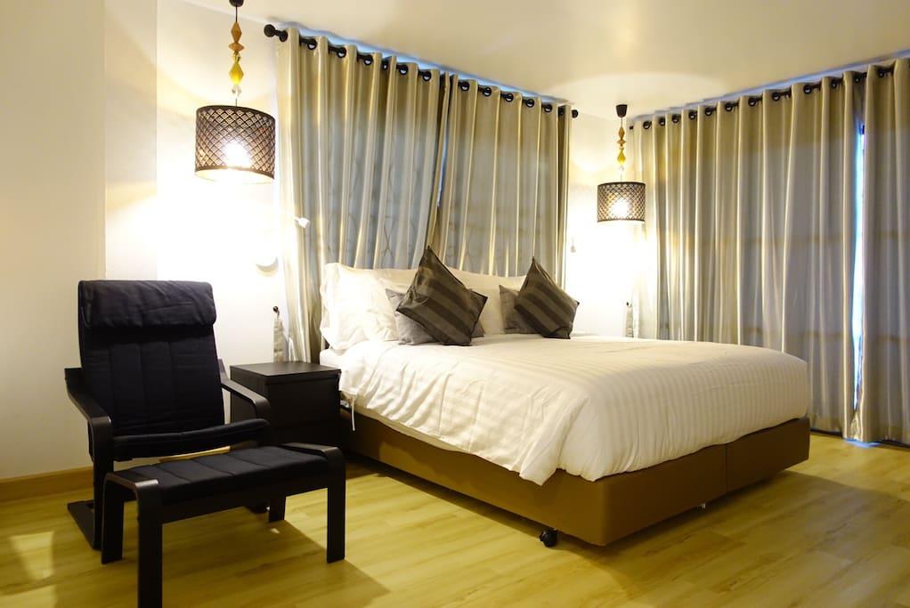 Room1-Comfy room
