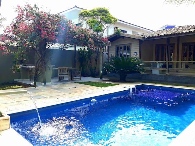 Casa Família 50m Mar + Piscina + Ar Cond.