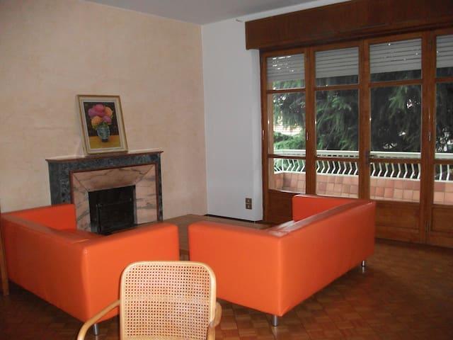 Appartement 1 dans Villa avec Jardin à Biella - Biella - Apartamento