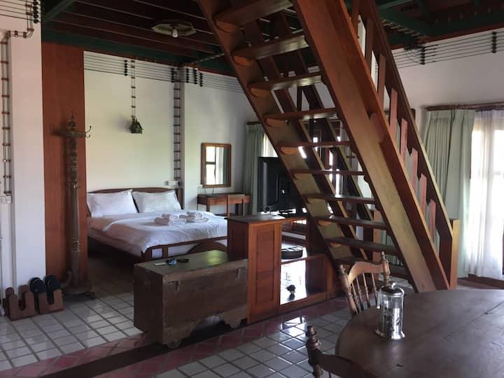 Lanna LOFT room [Full furnished] Near Nimman, MAYA
