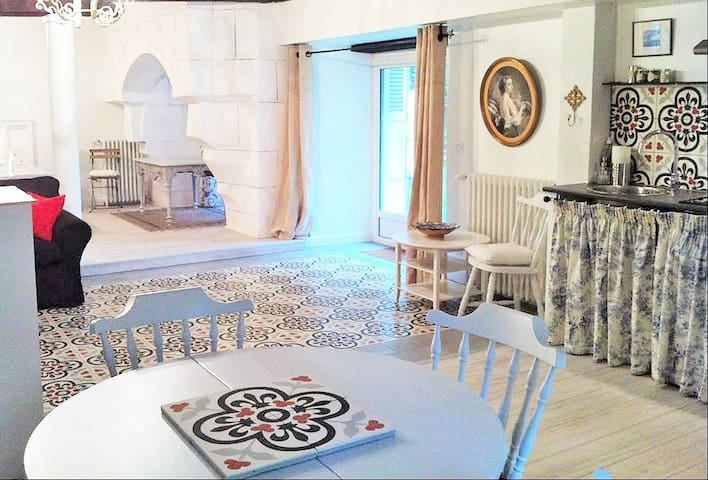 Loire Valley Medieval Loft Sleeps 4