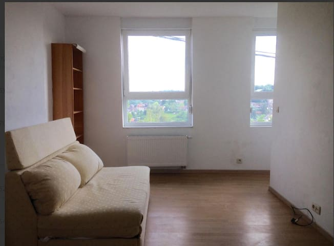 Appartement meublé au premier étage - Liège - Apartmen