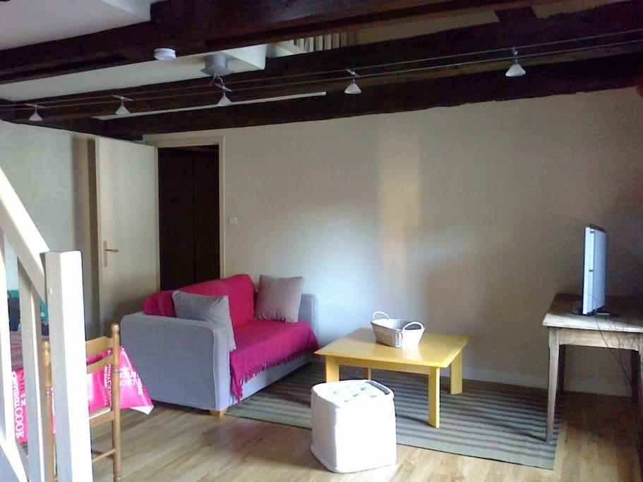 appartement t2 duplex de charme hyper centre appartements en r sidence louer quimper. Black Bedroom Furniture Sets. Home Design Ideas