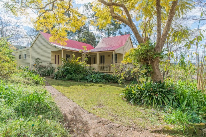 Sydney Escape  to Hermitage Cottage - Grose Vale - บ้าน