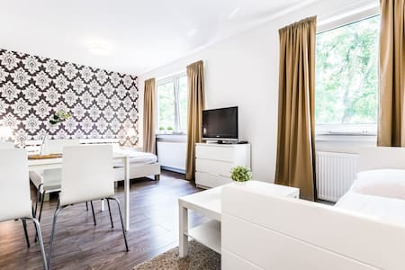 61 Apartment in Höhenberg 3 - Cologne - Apartment