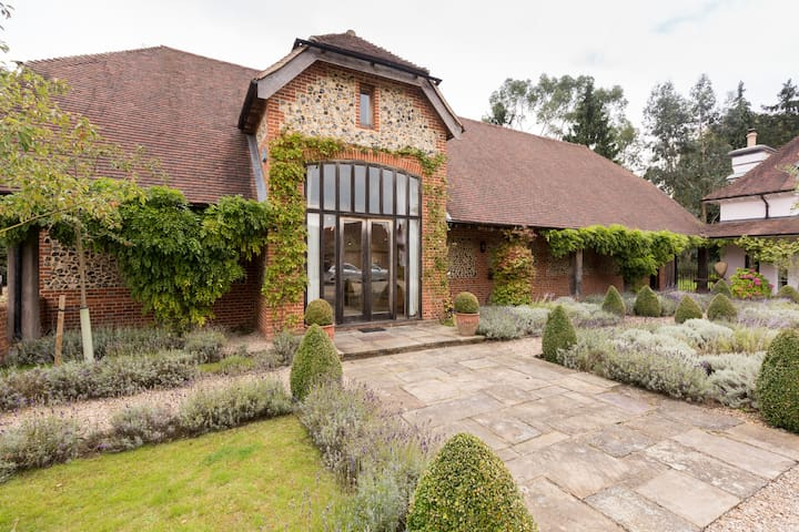Gorgeous English Country Barn - Hedsor - Hus