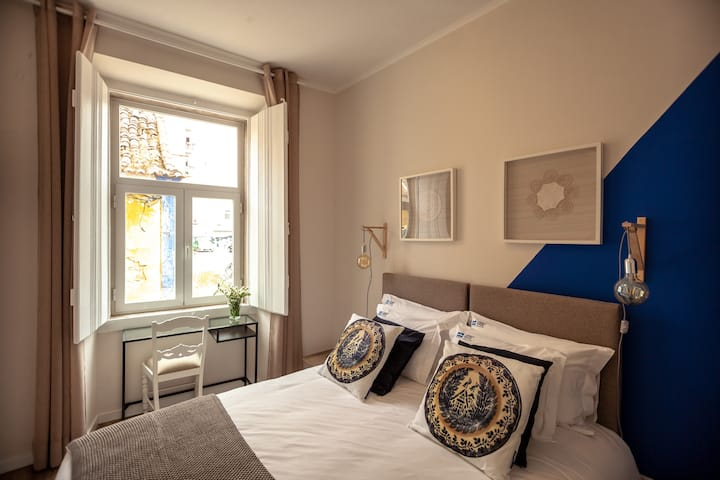 Carnot House: Cegonha / Stork Room