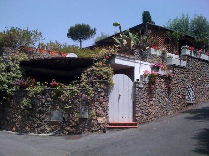 Small Villa in Tuscany - Ansedonia