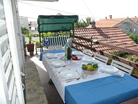 Nice big terrace where u can sleep