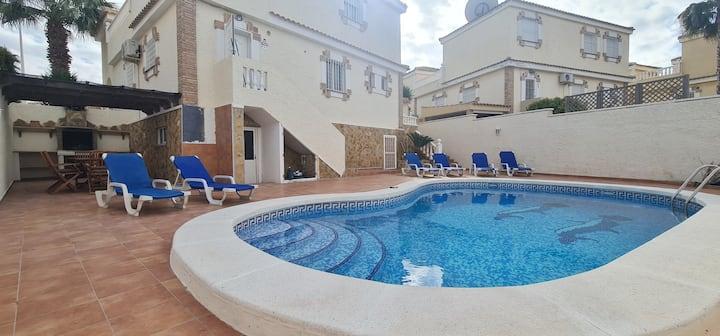 VILLA relax  ☀️☀️⛱  private pool 🤽♀️