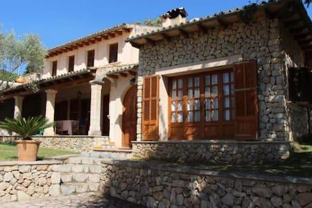 Rustic pool villa in Tramuntana mountains - Mancor de la Vall