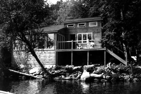 Maine Year Round Lake House Getaway