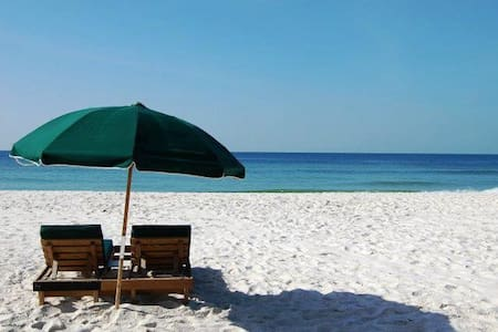 Lovely Gulf Front Condo - Orange Beach
