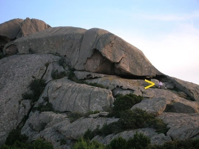 Or may be you like more a nice climbing on granite rocks
