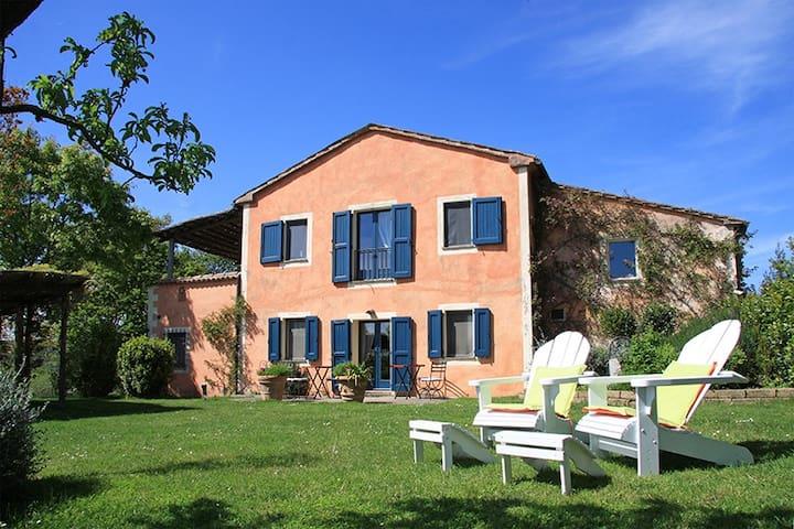 Charme and Chic Farmhouse at 5 min from SPA - San Casciano dei Bagni - Villa