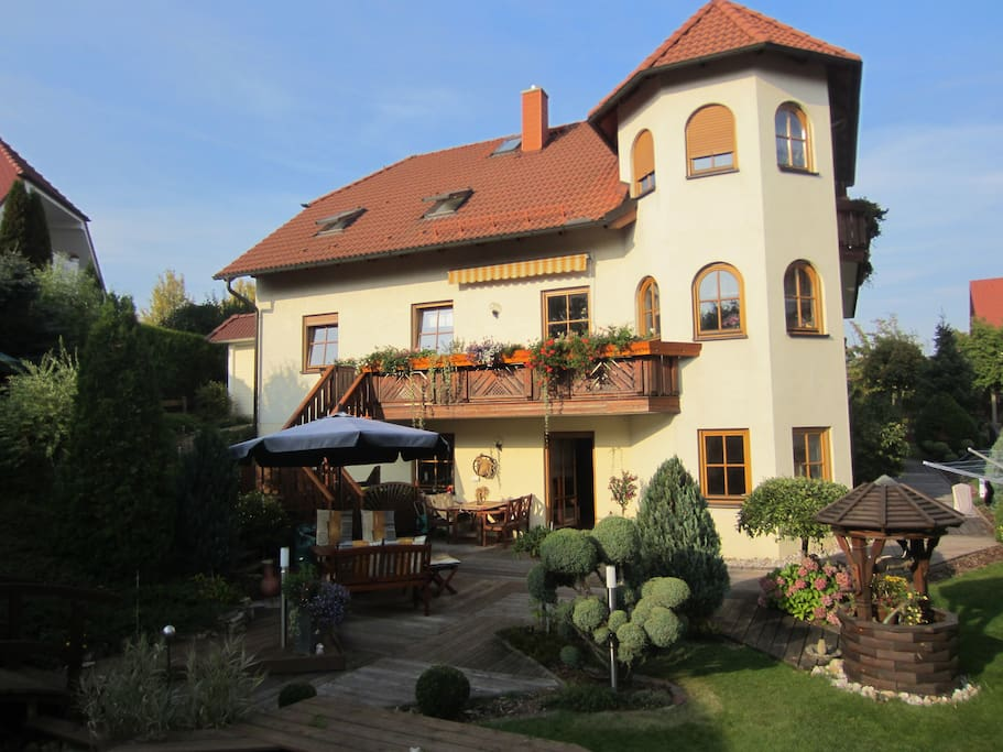Gew rzpension augustusblick houses for rent in fl ha for Big houses in germany