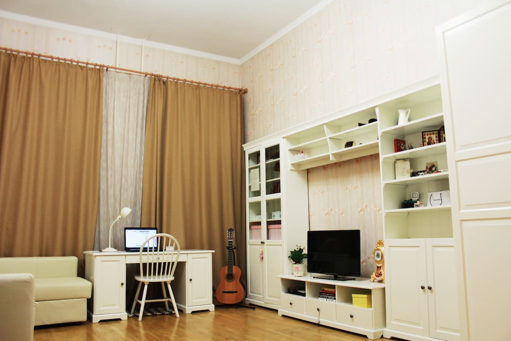 You can play the guitar, watch movies on the big screen and read the literature in different languages.