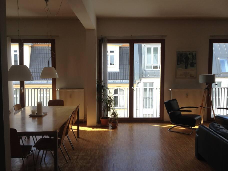 loft modern berlin mitte lofts for rent in berlin berlin germany. Black Bedroom Furniture Sets. Home Design Ideas