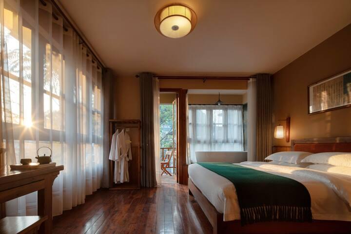 [Moondance] 遇龙河十里画廊-阳台浴缸大床1室1厅